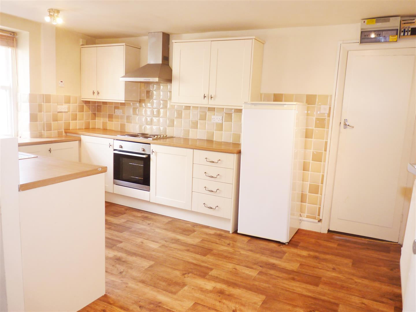 2 bedroom flat Let Agreed in Barnoldswick - Property photograph